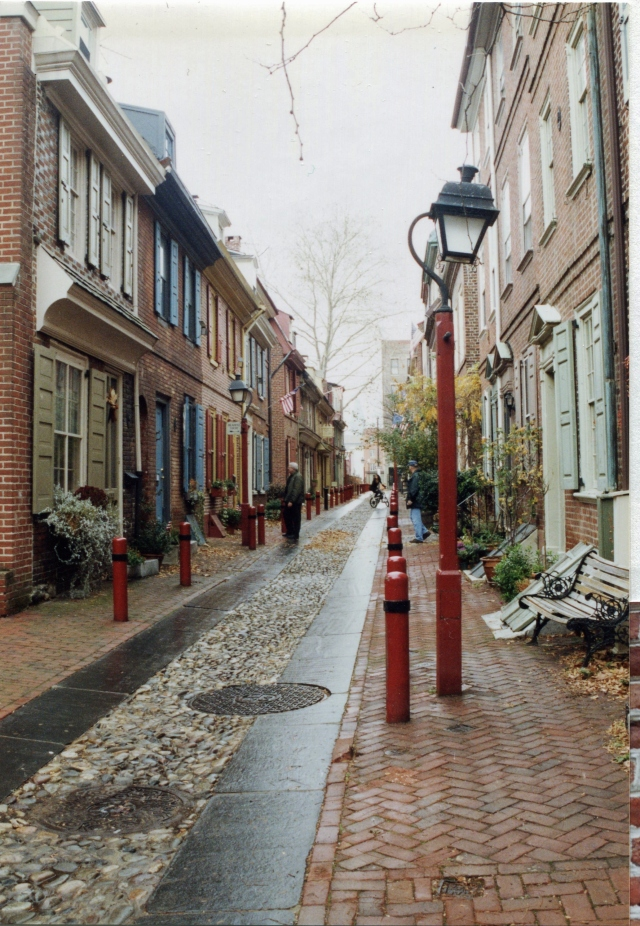 Elfreth's Alley in Philadelpia - homes built in the ealy 1700's, and where one of our family ancestor's lived