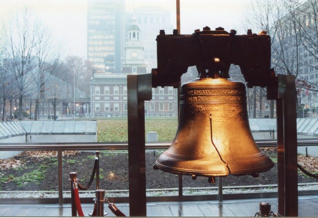 The Liberty Bell in its 2001 home